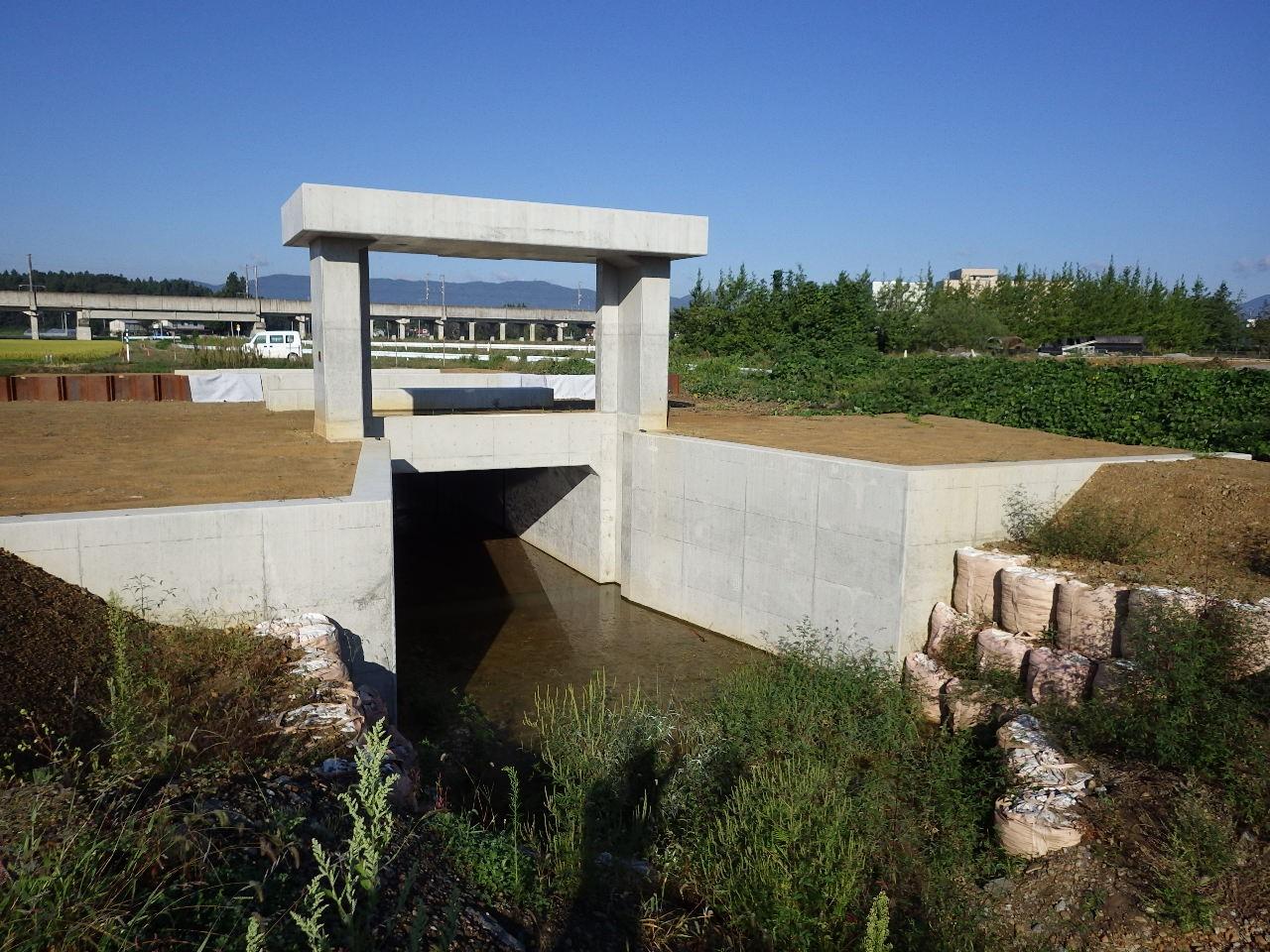 北上川上流廿木地区築堤工事