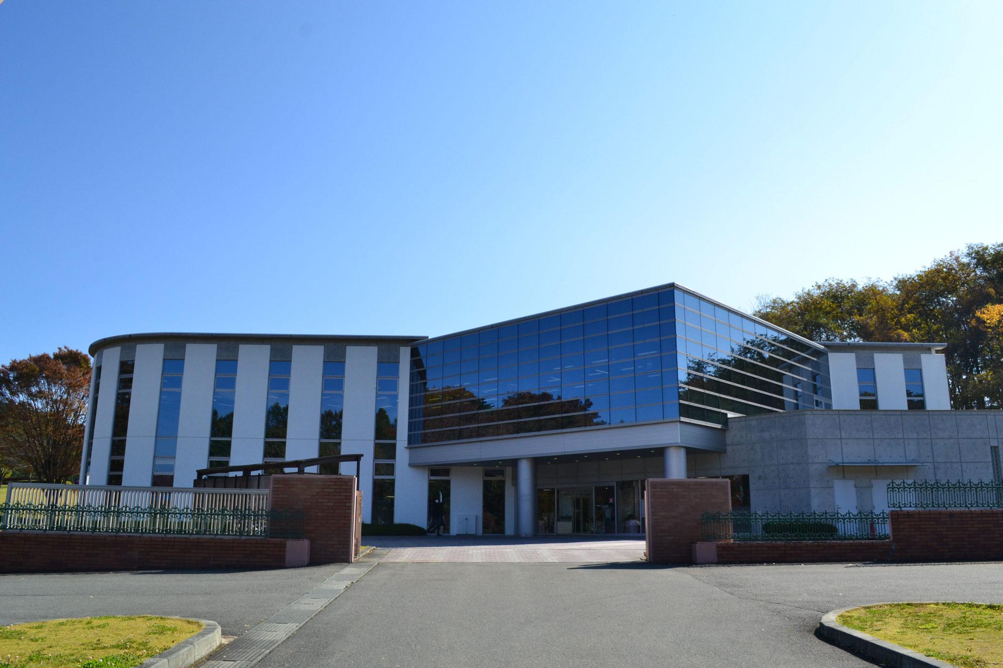 盛岡大学図書館