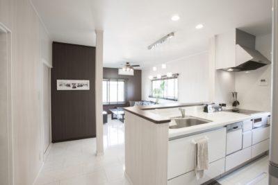 菱和建設のやさしいリフォーム キッチンイメージ